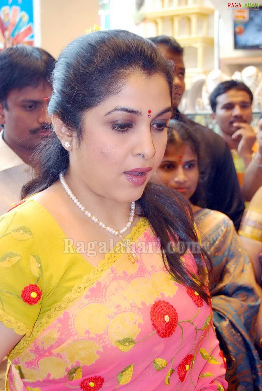 Ramya Krishna Launches Wedding Sarees Exhibition Sale At Chennai Shopping Mall
