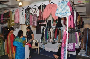 Ritu Barmecha launched Exhibition at Kamma Sangham