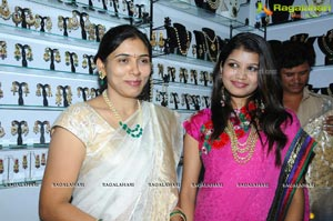 Isha Agarwal Launches Parinaya Expo at TTD Kalyanamandapam