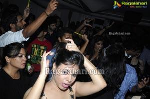 Liquids Pub Party - April 21 2012