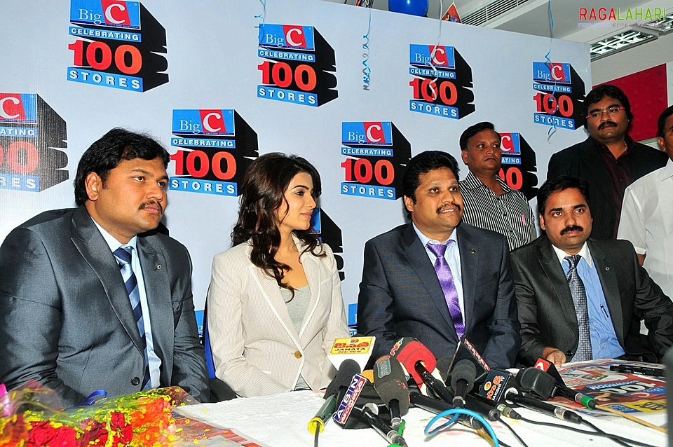 Samantha launches Big C 100th showroom in Vijayawada