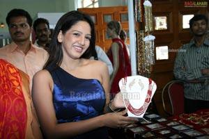 WOW Fashion Destination Expo 2011