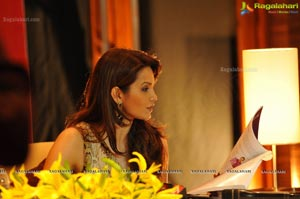 Diana Hayden A Beautiful Truth Reading Session