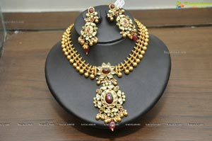 Hiya Designer Jewellery Curtain Raiser