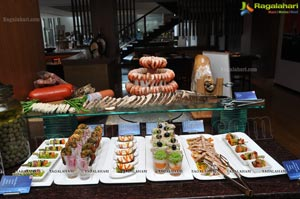 Sunday Brunch at Radisson Blu Plaza