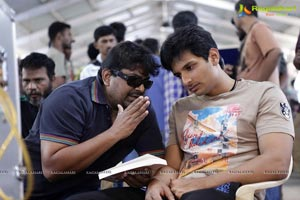 Jiiva Mask Movie Gallery