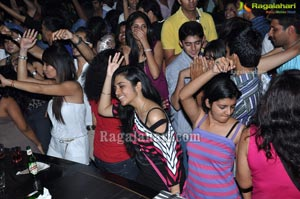 Midnight Party Kismet Pub