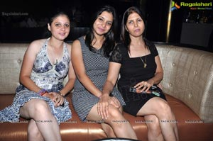 The Fad Nightouts at Kismet Pub Hyderabad