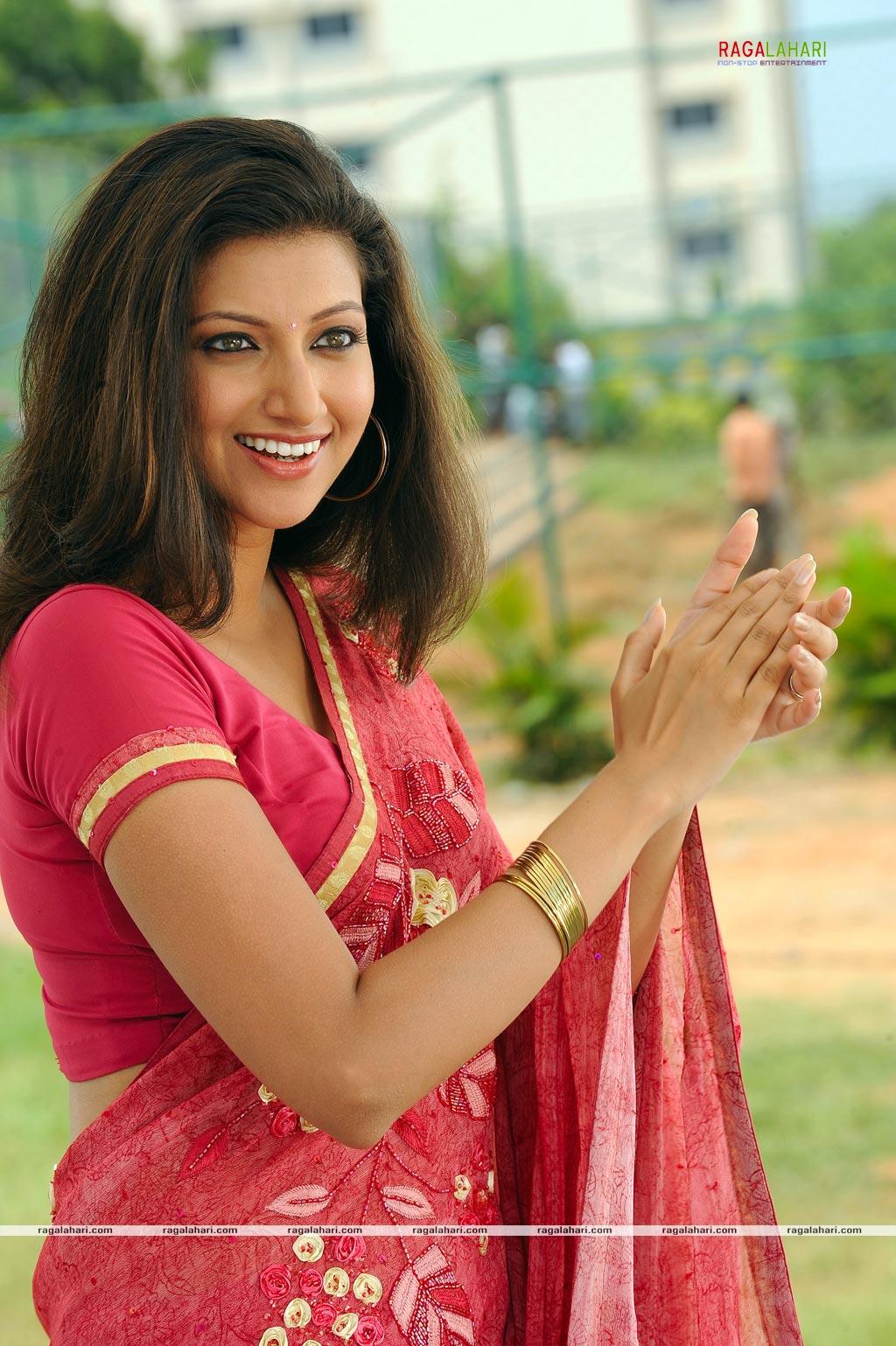 Telugu lovers sex my skype id moddatelugu09 add me - 4 2