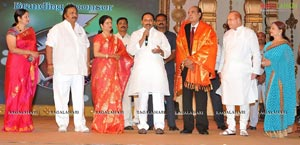 D. Ramanaidu Felicitated by Telugu Film Industry
