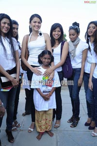 Femina Miss India South 2011 Finalists Visits Privileged Children at Smile Foundation