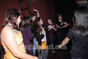 Bottles & Chimney Pub Party - Feb 11 2010