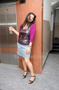 Madhushalini partying at Touch