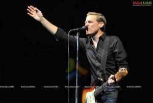 DJ Bryan Adams Live Concert 2011, Hyd