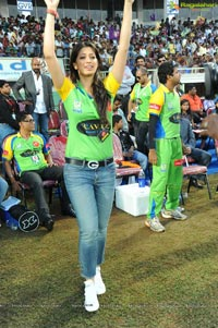 Kerala Strikers-Bengal Tigers Celebrity Cricket League Match at Visakhapatnam
