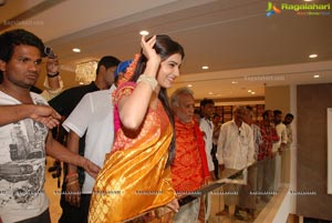 Samantha Launches Woman's World at Kothapet