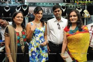 Shraddha das Launches D Sire Exhibition