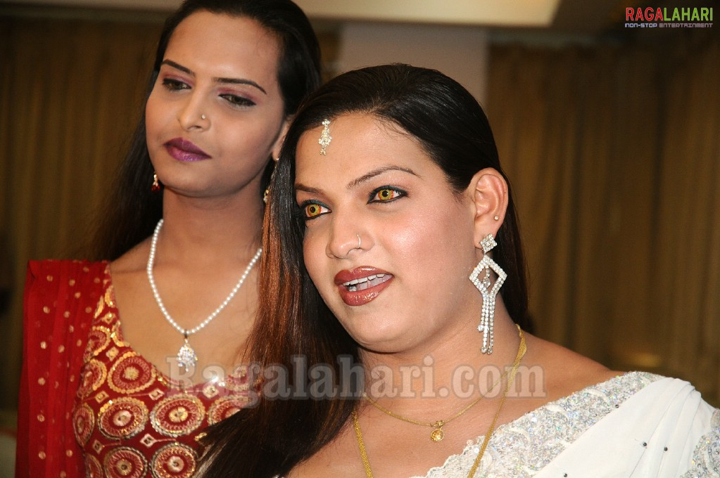 Indian super queen hijra contest ramp parade indian super queen hijra contest ramp parade altavistaventures Gallery