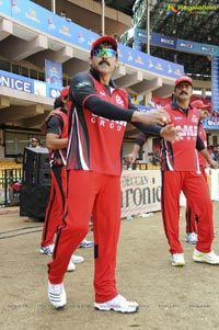Telugu Warriors - Kerala Strikers Match