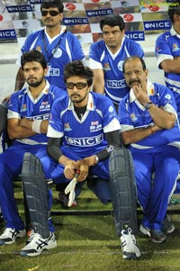 Telugu Warriors-Karnataka Bulldozers Match