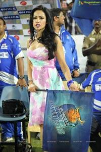 Telugu Warriors-Karnataka Bulldozers Match