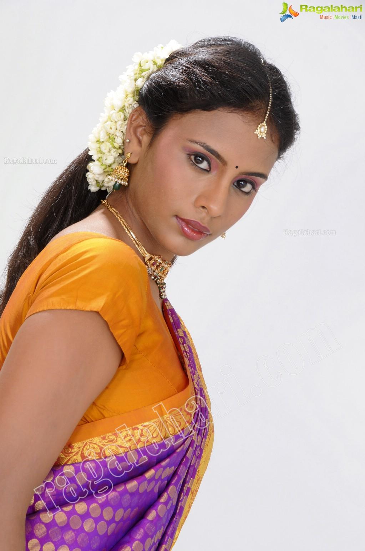 Actress vijayashanthi hot photos