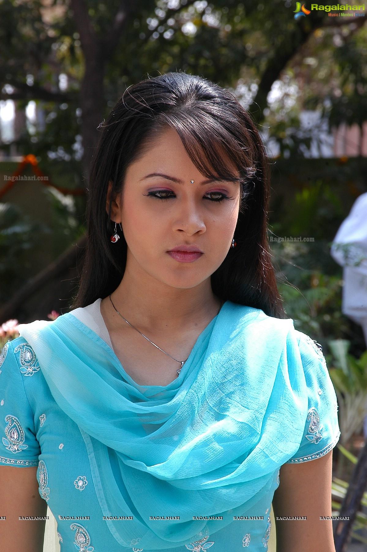 Watch Pooja Bose video