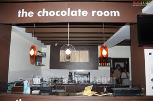 Venkatesh, Vishnu & Aryan Rajesh at The Chocolate Room, Banjara Hills