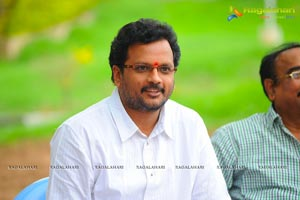 Aakasamlo Sagam Press Meet