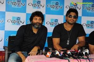Trivikram Srinivas Julayi Press Meet Photos