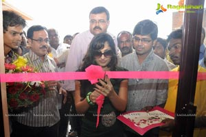 Madhavilatha inaugurated Sleepwell Store in Adilabad