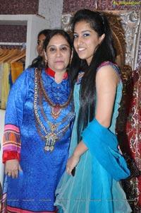 Minttu Sarna Hyderabad Jewel Studio Launch Photos