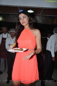 Nargis Fakhri at Venkys XPRS Hyderabad Photos
