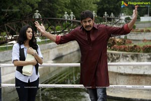 Jagapathi Babu, Bhumika April Fool Movie Stills