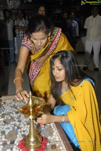 Madhavi Latha Launches Krish Collections, Hyderabad