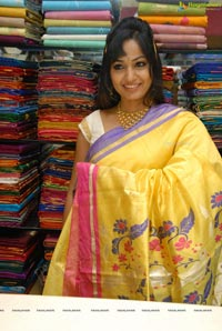 Madhavi Latha at Sreeja Fashions, Hyderabad