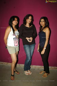 Kismet Pub, Hyderabad - June 16, 2012