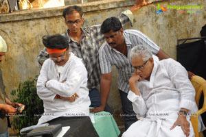 Kodi Ramakrishna Puttaparthi Saibaba Charitra working Stills
