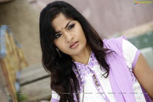 Madhavi Latha High Quality Photos