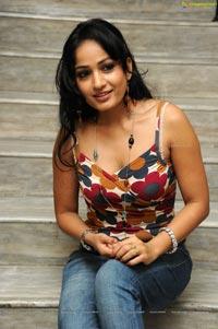 Madhavi Latha in Hot Sleeveless Dress