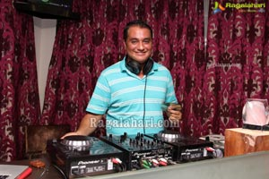 Retro Nights with DJ Errol