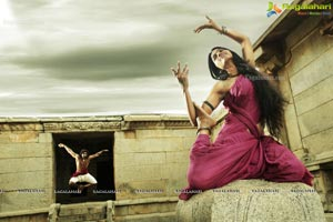 Aadi Pinishetty, Dasnika, Anjali