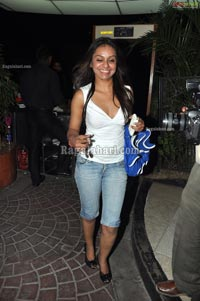 Bottles & Chimney Pub Party - May 5 2011