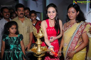 Lithi Slimming & Cosmetic Clinic Launched by Aksha