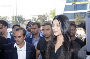 Shruthi Haasan Launches Gas Outlet