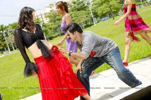 Adhinayakudu Romantic Stills
