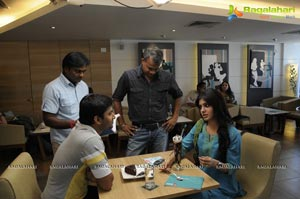 Eto Vellipoyindi Manasu Working Stills