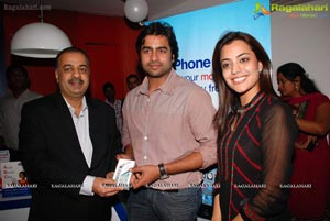 Iphone 4S Launch at Hyderabad Aircel Showroom