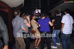 Bottles & Chimney Pub Party - October 28 2010