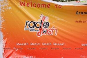 Radio Josh -  Masth Music Mast Mazaa